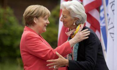 Συμφωνία - Die Welt: Διαμάχη μεταξύ Λαγκάρντ και Μέρκελ για την απομείωση χρέους