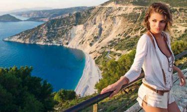 Η Μις Ιταλία διαφημίζει τις ομορφιές της Κεφαλονιάς και της Ιθάκης!