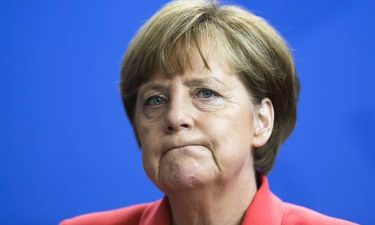 Eurogroup- Die Welt: Tα στρατόπεδα που έχουν δημιουργηθεί για το θέμα της Ελλάδας