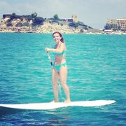 Η παρουσιάστρια άρχισε τα θαλάσσια σπορ στην Χαλκιδική!