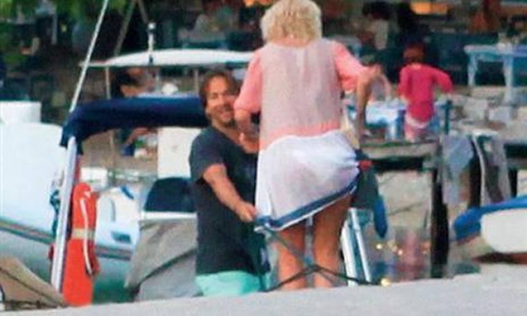 Μενεγάκη-Παντζόπουλος: Διακοπές με το φουσκωτό σκάφος στα νησιά του Αιγαίου!