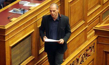 Βαρουφάκης: Τιμωρητική η συμφωνία - Θα είμαστε σαν δουλοπαροικία