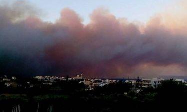 Πυρκαγιά-Λακωνία: Εκκενώνεται το Κέντρο Υγείας της Νεάπολης-Σε απόσταση αναπνοής οι φλόγες