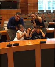 Η Ιωάννα Λίλη μας ξεναγεί στο... Ευρωκοινοβούλιο