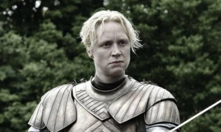Αγνώριστη! Η σταρ του Game of Thrones πρωταγωνιστεί σε καμπάνια και μας αφήνει άφωνους