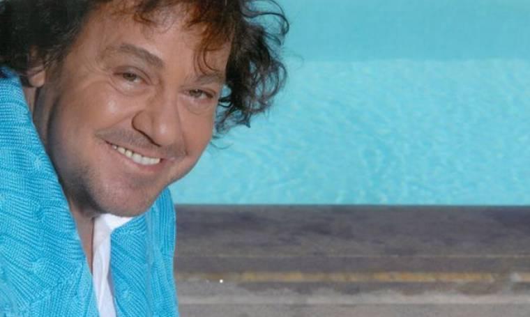 Γιάννης Πάριος: «Τους σημερινούς τραγουδιστές τους απασχολεί μόνο το φαίνεσθαι»