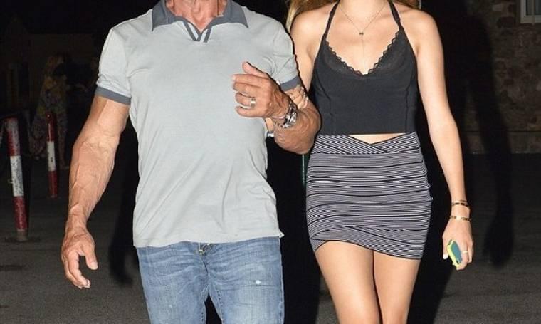 Βραδινή έξοδος με την κόρη του!