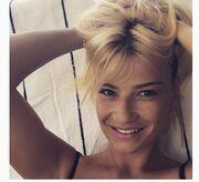 Φαίη Σκορδά: Δείτε την άβαφη και με φακίδες!