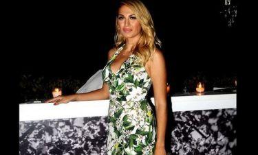 Η Σπυροπούλου επέστρεψε από τις διακοπές της και νυχτοπερπάτησε