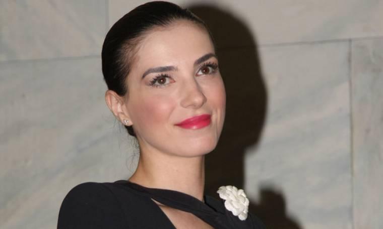 Φωτεινή Δάρρα: «Έχω σπουδάσει και  υπάρξει ηθοποιός σε αρκετές παραγωγές»