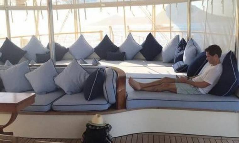 Rob Lowe: Διακοπές με σκάφος στην Ελλάδα