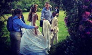 Ρίξαμε μερικές «κλεφτές» ματιές: Αυτός ήταν ο πιο hot γάμος των τελευταίων μηνών