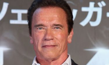 Έξαλλος ο Arnold Schwarzenegger με τον δολοφόνο του λιονταριού Cecil
