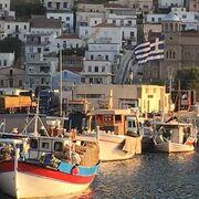 Ρομπ Λόου: «Όργωσε» τα ελληνικά νησιά