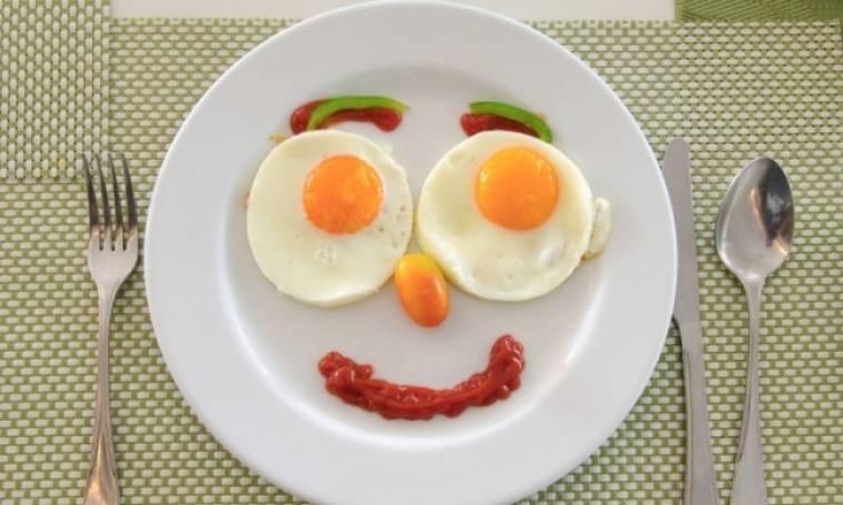 Αβγό: Θερμίδες και διατροφική αξία στον κρόκο και το ασπράδι (πίνακας)