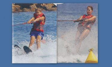 Μαμά και γιος κάνουν θαλάσσιο σκι