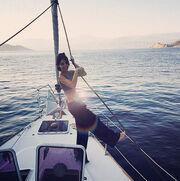 Νουρ Φετάογλου: Διακοπές στο Καστελόριζο