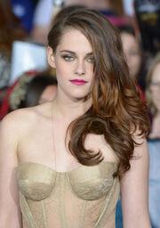 Ηθοποιός δηλώνει: «Αναζητήστε με στο Google, δεν κρύβομαι»