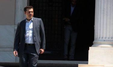 Σύσκεψη υπό τον Τσίπρα στο Μέγαρο Μαξίμου - Στο «τραπέζι» το σενάριο των πρόωρων εκλογών