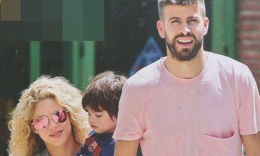 Shakira – Pique: Βόλτα με το γιο τους Milan