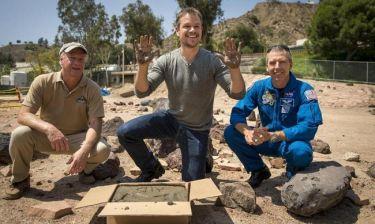 O Matt Damon άφησε στη NASA τα αποτυπώματα του