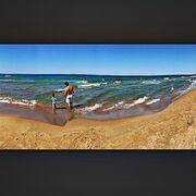 Σοφία Φαραζή: Στην παραλία με τον σύζυγο και την κόρη τους (φωτο)