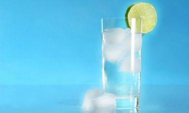 Δίαιτες & Αδυνάτισμα: Πόσο νερό πρέπει να πίνετε και πότε