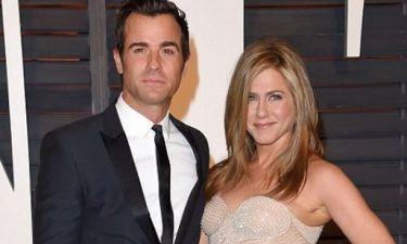 Είναι αυτό το πέπλο που φόρεσε η Jennifer Aniston στο γάμο της με τον Justin Theroux;