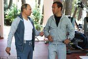 Θα πάθετε σοκ όταν μάθετε πόσο κοστίζει η… φόρμα του Πούτιν