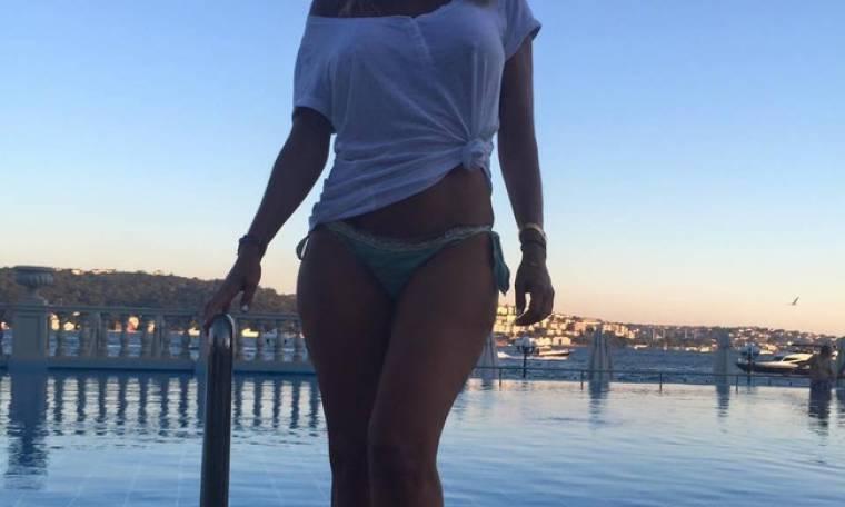 Ελληνίδα ηθοποιός «ξεσήκωσε» τους Τούρκους με τις σέξι εμφανίσεις της