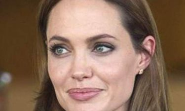 Παρέμβαση της Jolie στους Times για τους πρόσφυγες