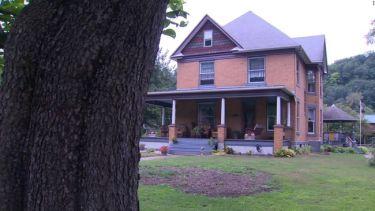 Προς πώληση το σπίτι του… «Χάνιμπαλ Λέκτερ»