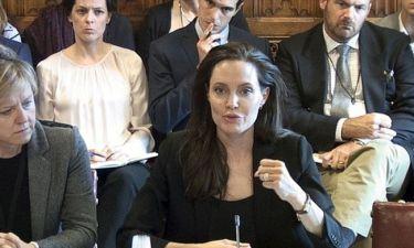Angelina Jolie: Κραυγή αγωνίας για τους βιασμούς των ανηλίκων!