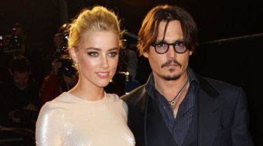 Αλλάζει επώνυμο ο Johnny Depp;