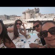 «Στα δίχτυα του πεπρωμένου»: Πρωταγωνίστρια της σειράς στην Ελλάδα για διακοπές (φωτο)