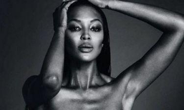 Η Naomi Campbell τα… έβαλε με το instagram και πόσταρε ολόγυμνη φωτογραφία της