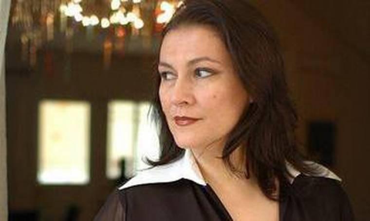 Αλεξάνδρα Τσόλκα: «Η απιστία θα συμβεί όταν ο άλλος έχει ήδη φύγει»