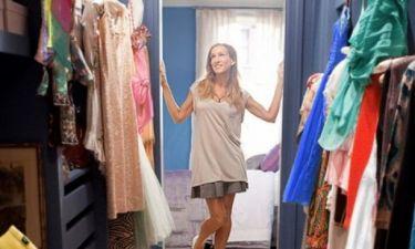 Eξοικονομήστε πολύτιμο χώρο στην ντουλάπα σας με αυτά τα απλά tips!