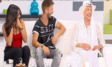Καίτη Παπανίκα:  Δείτε τι έπαθε  on air μόλις πήγε να καθίσει στον καναπέ του Namaste