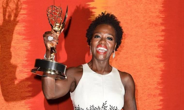 Βαϊόλα Ντέιβις: Ο συγκινητικός λόγος της πρώτης μαύρης γυναίκας που κέρδισε Emmy Α΄Γυναικείου Ρόλου