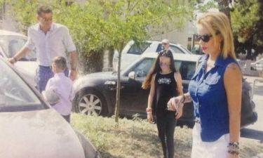 Λίλη-Ζαγοράκης: Στην κάλπη με τα παιδιά τους