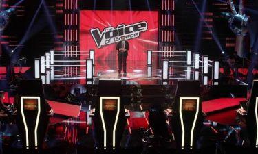 Δεν θα πιστεύετε με ποια τραγουδίστρια «φλερτάρει» το The Voice