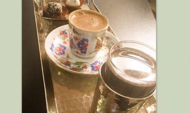 Επιστροφή στη βάση μ' έναν μερακλίδικο καφέ για την…