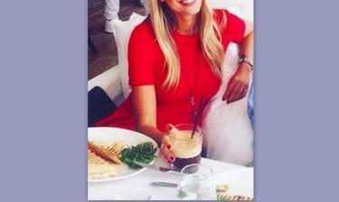 Ελληνίδα εστεμμένη μετά τις φήμες περί πλαστικών επεμβάσεων έκανε την πρώτη της εμφάνιση (φωτό)