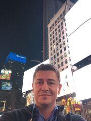 Ο Αντώνης Σρόιτερ στη Νέα Υόρκη