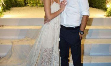 Η πρώτη φωτογραφία από το γάμο της…