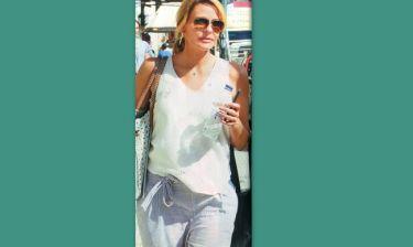 Τζένη Μπαλατσινού: Για ψώνια και βόλτες στο κέντρο της Αθήνας