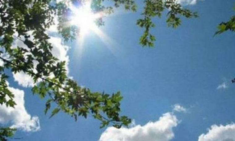 Καιρός: «Καλοκαιρινή» Κυριακή με άνοδο της θερμοκρασίας