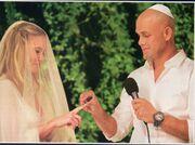 Στη δημοσιότητα πρώτη φορά φωτογραφίες από τον γάμο της χρονιάς