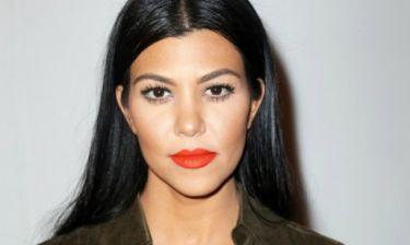 Wow: Η Kourtney Kardashian ποζάρει ολόγυμνη για το Vanity Fair!